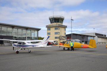Parkering av små flyene